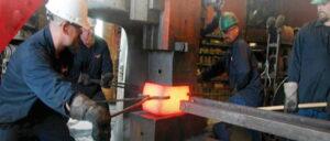 عمليات آهنگری به روش قالب باز برای توليد قطعات صنعتی